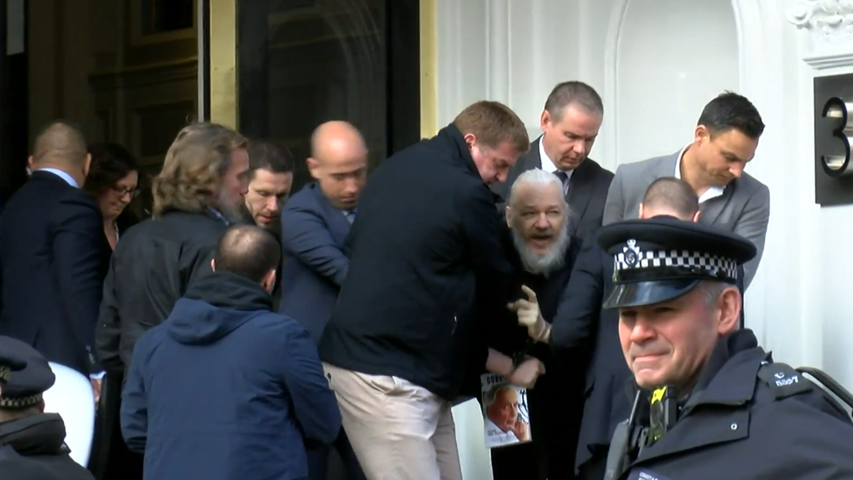 Assange Ruptly